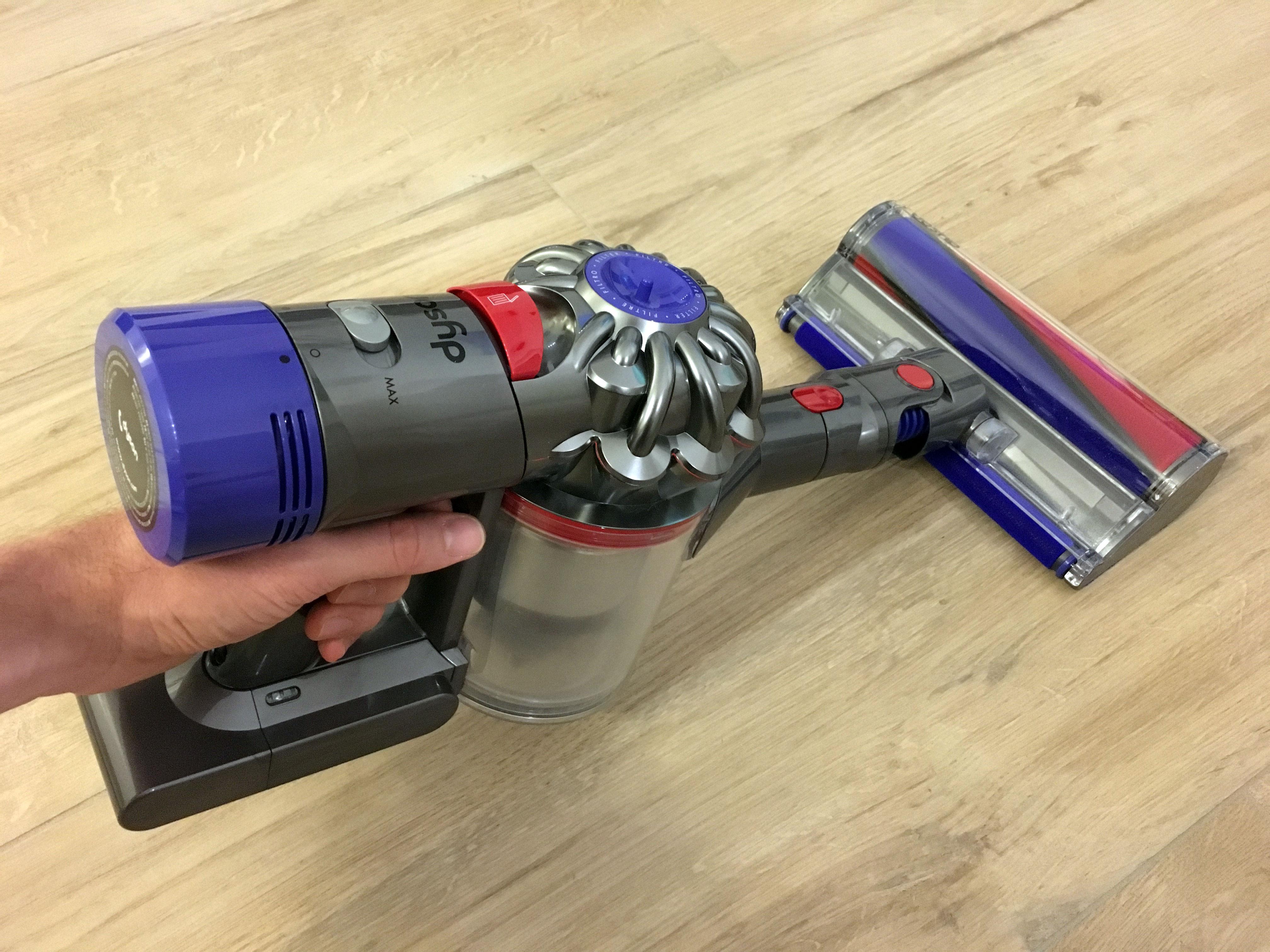 Unser Dyson V8 Test: Auch als praktischer Handstaubsauger verwendbar