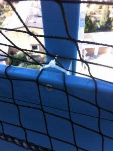 Katzennetz Montage mit Kabelbinder